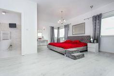 Amazing red bedroom