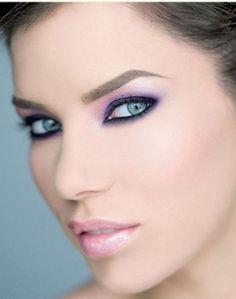 maquillage pour un mariage yeux vert