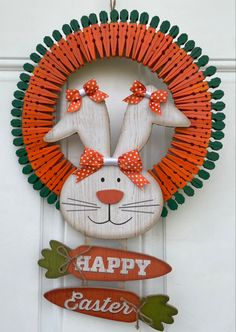 Easy Easter Crafts, Fun Diy Crafts, Wreath Crafts, Diy Wreath, Easter Decor, Easter Wreaths, Holiday Wreaths, Holiday Crafts, Wooden Clothespin Crafts