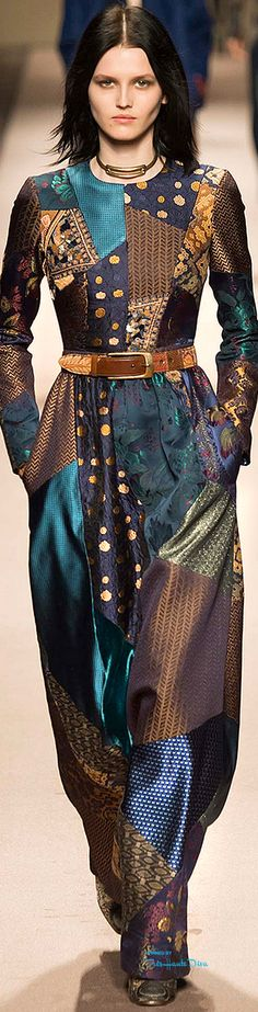 All this needs is a matching solid color scarf! #MFW Etro Fall 2015 RTW ♔THD♔