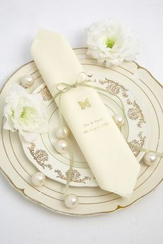 Table Setting Inspiration by Confetti.co.uk, via Flickr