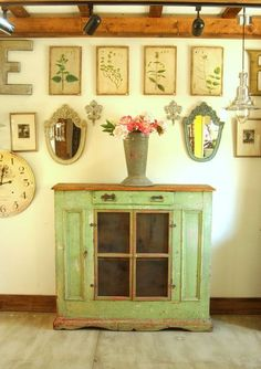 Seriously beautiful.  Recreate this old pie safe.  Love the finish.