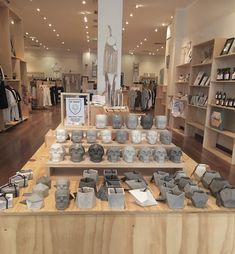 Fully re stocked for the weekend @cmmngrnd in Freo. Remember to tag your purchases #npcreative  #minimalism #design #interior #polished #natural #buylocal #nordicinspiration #australianmade #australia #perth #handmade #style #urbangardening #concretelove #todayslovely #gardening #homewares #concrete #scandistyle #concretedesign #geometric #natural #startup #castconcrete #perthcreatives #concreteplanter #concretelove #dollhead