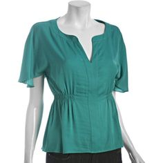 Designer Clothes, Shoes & Bags for Women Jessica Brown Findlay, Natural Women, Soft Summer, Tunic Tops, Boutique, My Style, Casual, Clean Lines, Clothes