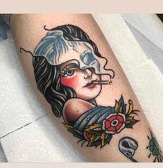 31 Tattoos for Women Traditional Mermaid Tattoos, Traditional Tattoo Woman, Traditional Tattoo Old School, Traditional Tattoo Flash, Tattoos Mandala, Tattoos Geometric, Old Tattoos, Tattoos For Guys, Old School Tattoo Motive