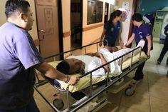 Garrido fue traslado a Cemesa, donde fue evaluado por el doctor Óscar Benítez. Luis Garrido espera injerto de cadáver para operación  El hondureño Luis Garrido estará fuera de las canchas por un año.  http://www.laprensa.hn/deportes/902636-410/luis-garrido-espera-injerto-de-cad%C3%A1ver-para-operaci%C3%B3n