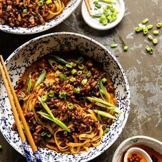 Better Than Takeout Dan Dan Noodles. For those nights when you're craving spicy, warming Chinese inspired noodles, but don't want to wait for take out! Asian Recipes, Ethnic Recipes, Dutch Recipes, Pork Recipes, Yummy Recipes, Sesame Noodles, Most Delicious Recipe, Yummy Yummy, Delish