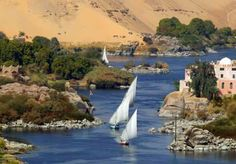 Cities are in Alexandria, in Cairo, in Qena and Luxor, and in Aswan. Mist will affect visibility throughout the northern parts of the country, sometimes denselyLow and medium-level clouds are expected in the northern parts of the country. Places To Travel, Places To See, Tourist Places, Places Around The World, Around The Worlds, Paises Da Africa, South Africa, Foto Blog, Egypt