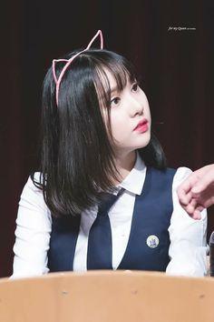 Eunha GFRIEND Kpop Girl Groups, Korean Girl Groups, Kpop Girls, Extended Play, Cute Girls, Cool Girl, Jung Eun Bi, Love U So Much, Cloud Dancer