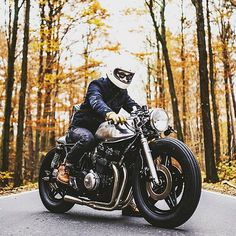 Perfection #cb750 #honda #hondaCB #vintageMotorcycle #cafeRacer beautiful build  @hookieco