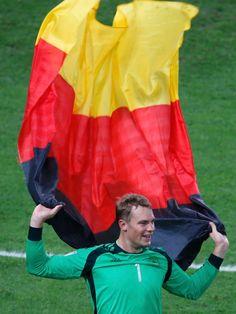 Nr. 1, nicht nur in Deutschland: Manuel Neuer.