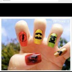 <3 I want Super Hero Nails