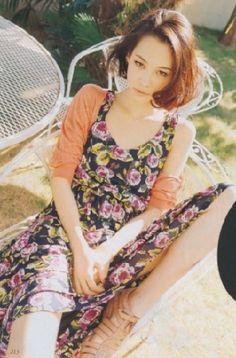 미즈하라 키코,  혼혈이라는 점에서 더욱 더 그녀의 매력이 상승하는 효과를 보인다. 그녀의 트레이드마크인 단발머리와 다양한 표정이 매력적이다.