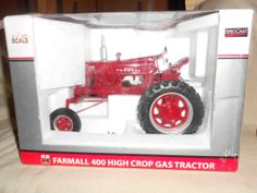IH farmall 400 gas high clear 2003 lafayette toy show tractor 1/16 scale