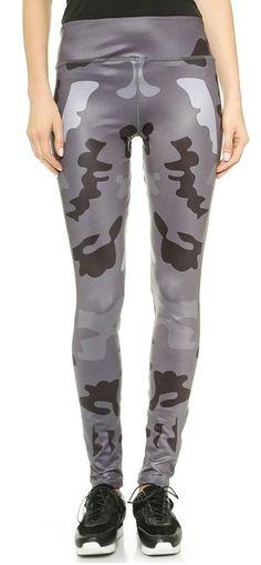 War horse workout leggings http://rstyle.me/n/vf6c5nyg6
