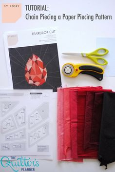 Mind blown!  This tutorial will teach you how to save massive amounts of time by chain piecing a paper piecing pattern.  Who knew it was even possible??