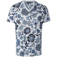 Etro floral print T-shirt ($300) ❤ liked on Polyvore featuring men's fashion, men's clothing, men's shirts, men's t-shirts, grey, etro men's shirts, mens leopard print t shirt, mens floral print shirts, mens patterned shirts and mens patterned t shirts