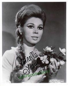 Freni, Mirella - signed photo shown in Faust | Tamino Autographs