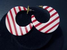 """Mod Retro Graphic Red & White Striped Earrings Pierced 1 3/4"""" Acrylic #Unbranded #DropDangle"""