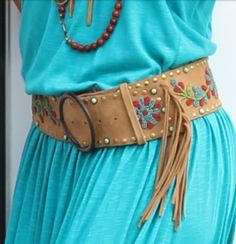 A belt like this or close to this Cowgirl Western Wear, Cowgirl Belts, Cowgirl Chic, Bohemian Style, Boho Chic, Bohemian Living, Wild Style, My Style, Native Style