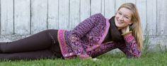 Bestselgeren Morgendis i ny og frisk fargekombinasjon. The bestseller Morgendis / Morning Mist in new fresh colours. The pattern is translated into English. Frisk, Knitting Stitches, Best Sellers, Harem Pants, Colours, Pullover, Elegant, My Style, Fair Isles
