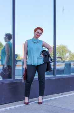 The worn with a green blouse in the office Green Blouse, Black Suits, My Outfit, Plus Size Fashion, Sporty, Classic, Outfits, Derby, Black Outfits