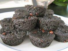 Chocolate Zucchini Muffins = healthy breakfast via www.sprint2thetable.com
