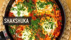 Paprika, Tomaten, Eier - viel mehr braucht das leckere Shakshuka nicht. Wir zeigen Schritt für Schritt wie es perfekt gelingt ✚ Videoanleitung
