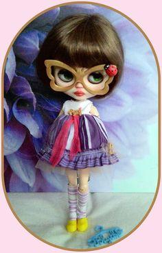 Adorable 5 pieces Blythe outfit* dress* eyeglasses* shoe* sock*