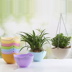 2pc 25*15CM / 20*13CM Round Plastic Hanging Planter Flower Pot With Metal Chain For Home and Garden Outdoor Indoor Plant White