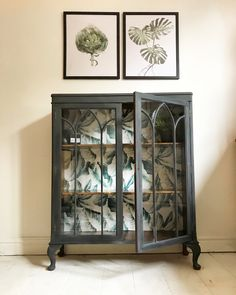 Glass cabinet painted in graphite by Annie Sloan with a botanical leaf print on the back. Available to buy Glass cabinet painted in graphite by Annie Sloan with a botanical leaf print on the back. Available to buy Redo Furniture, Repurposed Furniture, Paint Furniture, Glass Cabinet, Painted Furniture, Furniture Design, Painting Cabinets, Vintage Furniture, Furniture Makeover