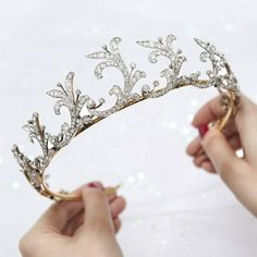 Traditionally worn at weddings, balls and white-tie events, tiaras are now more wearable than ever before and can add a touch of sparkle to any special occasion. . Discover the timeless elegance of tiaras at our London galleries: our exhibition dedicated to these opulent ornaments is on view until 15 December. Entry is free and open to all. . All tiaras displayed in our exhibition are available for private sale. . Magnificent Tiaras exhibition, 1–15 December at Christie's London…