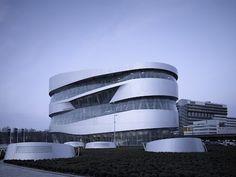 Museo Mercedes Benz  Museo Mercedes Benz Stuttgart, Alemania  by UNStudio
