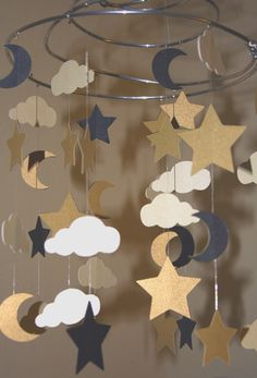 Starry Night Mobile 8 Spiral Made to Order by artCboutique Sky Nursery, Baby Nursery Themes, Diy Cadeau Noel, Diy And Crafts, Crafts For Kids, Craft Projects, Projects To Try, Craft Ideas, Deco Table Noel