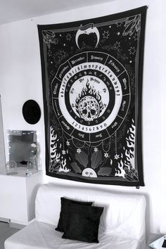 Zodiac Blanket [B] Moon Tapestry, Goth Home, Halloween Activities For Kids, Gothic Home Decor, Gothic House, New Room, Bed Covers, Graphic Prints, Living Room Decor