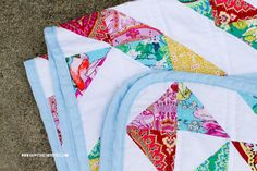 Rounded Corners on a Quilt | happy together