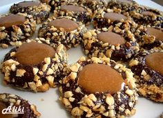 Mamina jela: Čokoladni lešnik - karamel kolačići