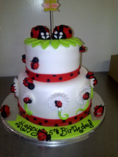 180 Degrees Catering and Confectionery Ladybug Cakes, Owl Cupcakes, Edible Arrangements, Chocolate Art, Fruit Art, Edible Art, Confectionery, Creative Food, Catering