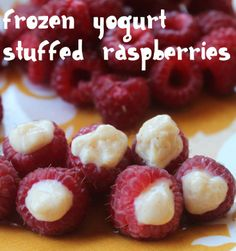 Moore Minutes: Healthy Fruit Summer Snacks for Kids (PART TWO)frozen yogurt stuffed raspberries Healthy Fruits, Healthy Snacks For Kids, Yummy Snacks, Yummy Food, Fruit Snacks, Healthy Summer, Kid Snacks, Snacks Ideas, Healthy Deserts