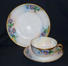 Nippon 3-Piece Place Setting - Cup, Saucer and Plate - Flowers