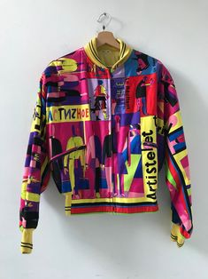 Rare 90s vintage Gianni Versace jacket #gianniversace #versacevintage #madeinitaly #italianfashion #versus #90sfashion #vintagejacket #colorful
