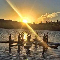 #BomDia.  .    @supyoga em Caraíva, na Bahia, nessa vibe incrível para encher de paz, amor e inspiração nosso dia! #om #namaste .  .  .    #paz  #amor  #inspiracao  #caraiva  #bahia  #supyoga  #sup  #yogainspiration