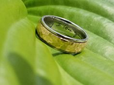 Two tones hammered wedding band with a special inscription by the hand of the bride. So unique! Fingerprint Ring, Two Tones, Wedding Bands, Rings For Men, Engagement Rings, Bride, Unique, Jewelry, Rings For Engagement