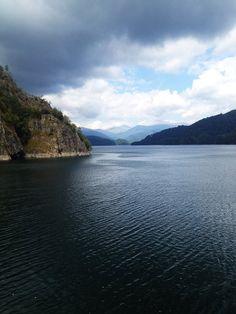 Vidraru Lake, Romania. #dam #vidraru #romania #Transfagarasan Romania, San, River, Summer, Pictures, Outdoor, Photos, Outdoors, Summer Time