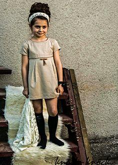 Elegancka sukienka dla małej księżniczki. Do kupienia na: mail: knocknock.fashion@gmail.com fb: https://www.facebook.com/pages/knock-knock-fashion/230430617163127?ref=hl instagram: http://instagram.com/knock_knockfashion# #kidsfashion #modadladzieci #fashionkids