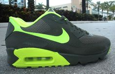 ((£55)) only at...  http://www.gumtree.com/p/for-sale/air-max-90-ltd-edition-trainers-in-many-colors-and-sizes-rrp11995-our-sale-price5995/1099438978
