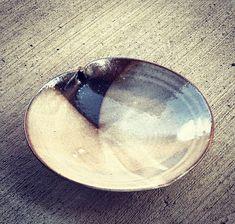 gallery — akira satake ceramics Ceramic Plates, Ceramic Pottery, Japanese Ceramics, Serving Platters, How Beautiful, Akira, Pottery Ideas, Tableware, Bowls