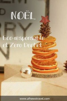 How to spend an eco-responsible Christmas and zero waste - noël - noel Deco Noel Nature, Christmas Candle Decorations, Slime Toy, Deco Table Noel, Bath Bomb Gift Sets, Christmas Time, Holiday, Merry Xmas, Zero Waste