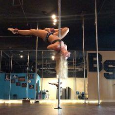 """64 """"Μου αρέσει!"""", 2 σχόλια - @bsweetkatie στο Instagram: """"Working with ankle weights to try to solve my microbend problem. 😩 I did this combo a kajillion…"""""""