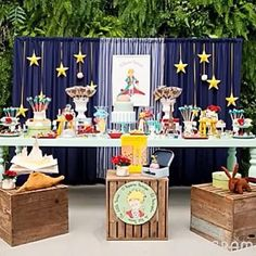 Festa Pequeno Príncipe super charmosa, adorei! Por @dricagaspar 🌟🌟 #kikidsparty #opequenoprincipe #festapequenoprincipe